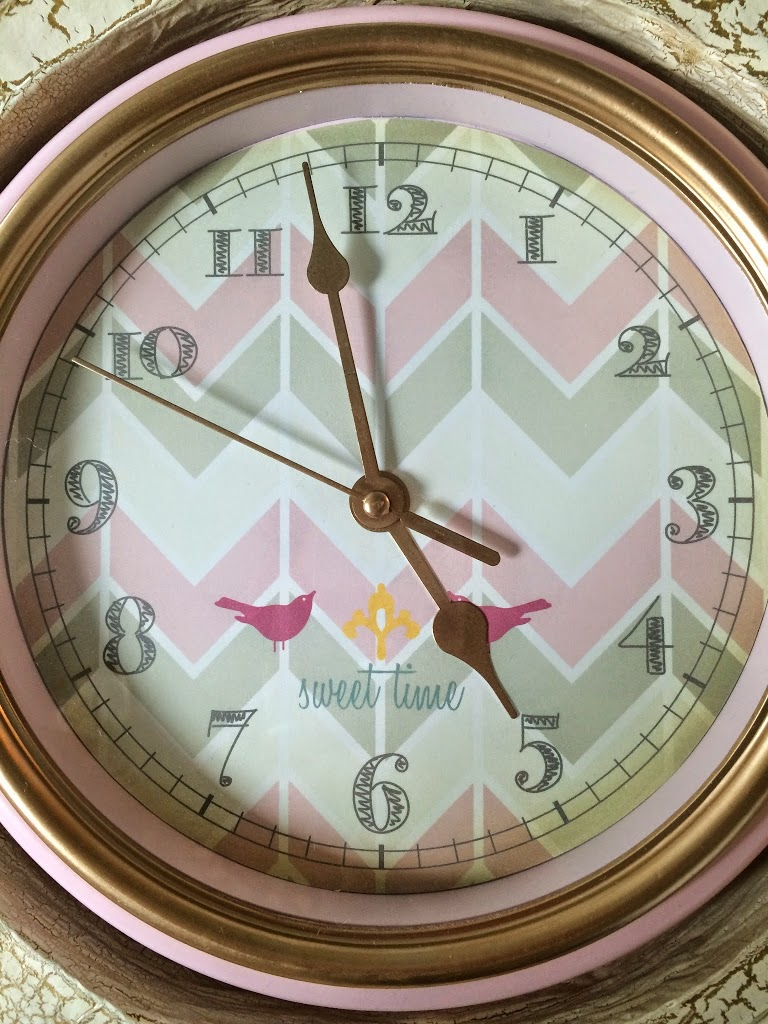 DIY Pink antique clock made of Cardboard with printables