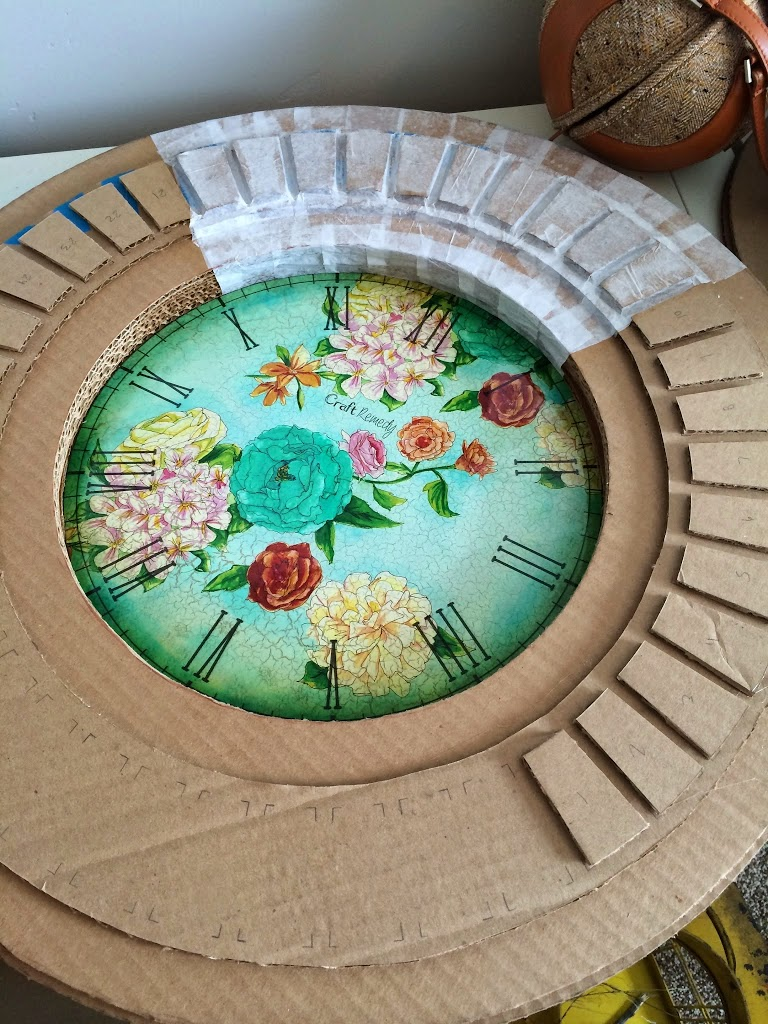 DIY Floral clock made of cardboard