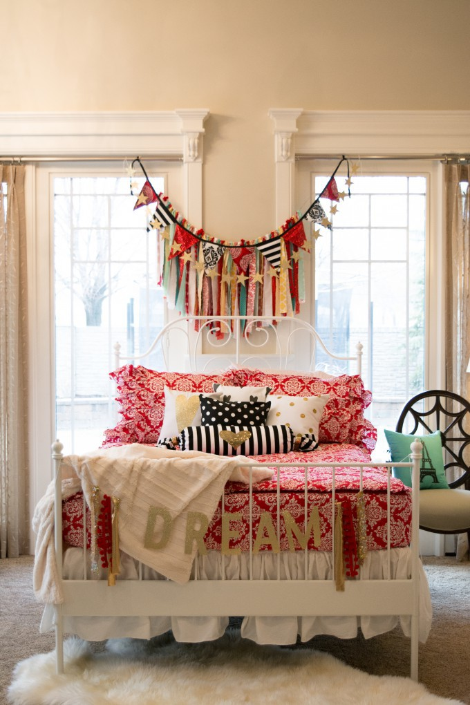 Lacey Lou Red- Heart pillows