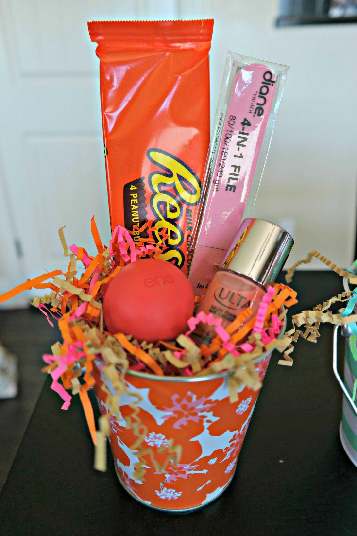 """Pamper"" your newborn helpers with this pampering gift. + Free Printable! The perfect gift for newborn helpers! Reeses Pink and Orange Gift"
