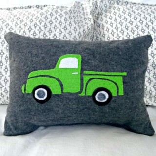 Vintage Felted Truck Pillow Instructions – DIY