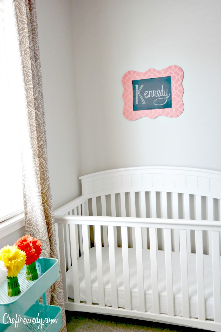 How to make chalkboard signs.  Such an easy and inexpesive project for a nursery or kids room!