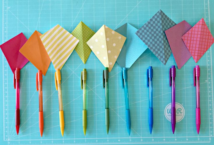 Back to school gift idea for teachers. Kites and Pencils + Free printable!