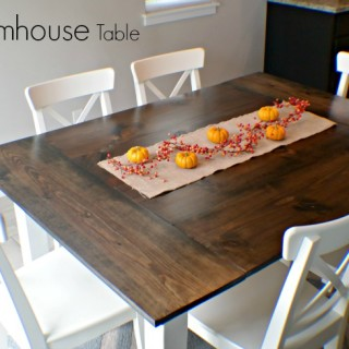 DIY Farmhouse Table + Free Plans