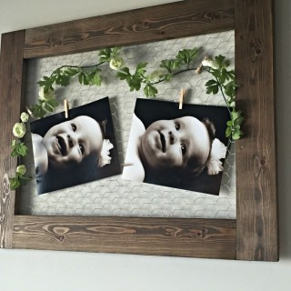 DIY Chicken Wire Frame for under $4. Perfect decoration for your home, shower, wedding or party, just switch out the picture!