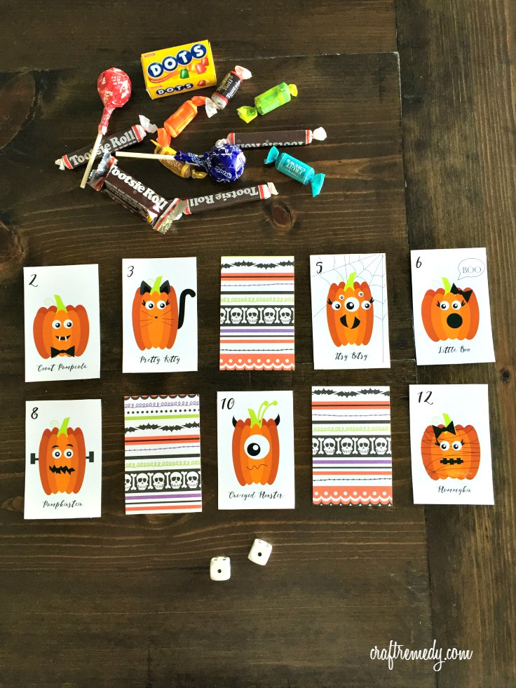 Parents: This is the perfect kids Halloween party game. See how easy this is to whip up for your kids class Halloween party!